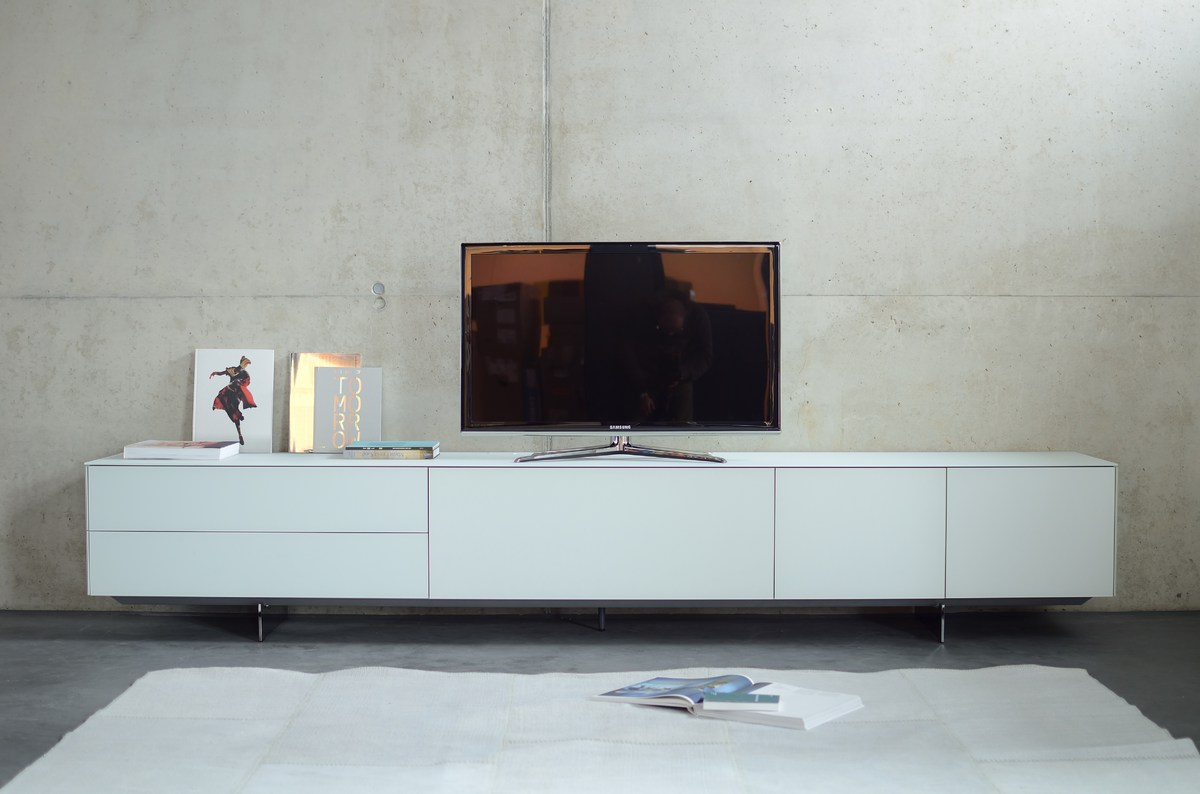 fux ag shop kettnaker soma sideboard glas weiss matt ausstellungsmodell. Black Bedroom Furniture Sets. Home Design Ideas